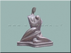 Скульптура из камня Любовь